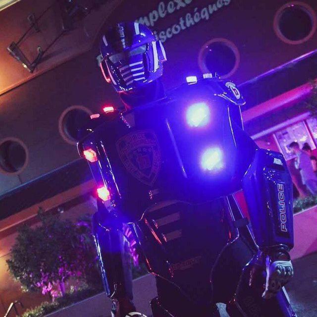 Belightfr belightperformer belightrobot belight police cops robotcop robotpolice performeur performerhellip